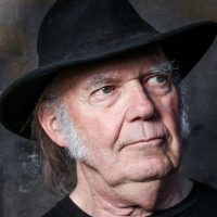 Neil Young | Zoom 69-17