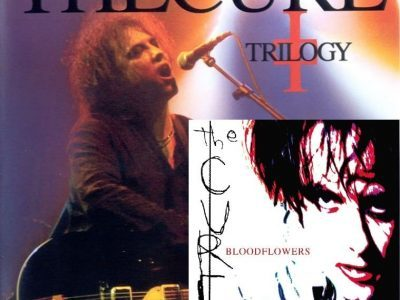 "The Cure - The Trilogy Concerts '02, 3/3: ""Bloodflowers"""