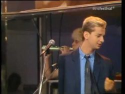 Depeche Mode- Everthing Counts -rare -1983 German TV Cologne WWF Club – YouTube