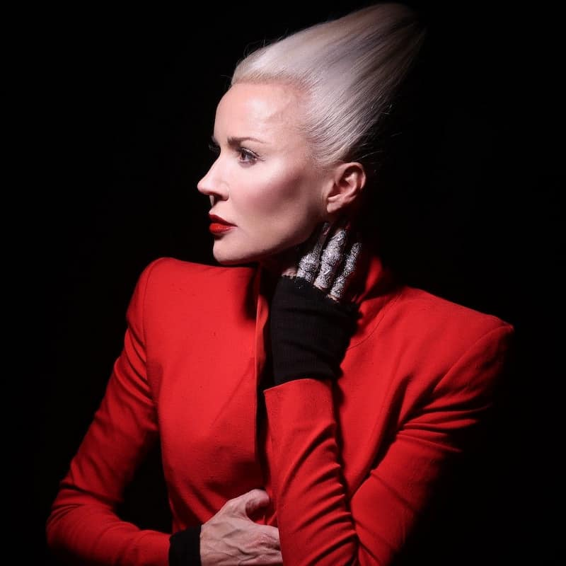 Daphne Guinness - Best of 12-18