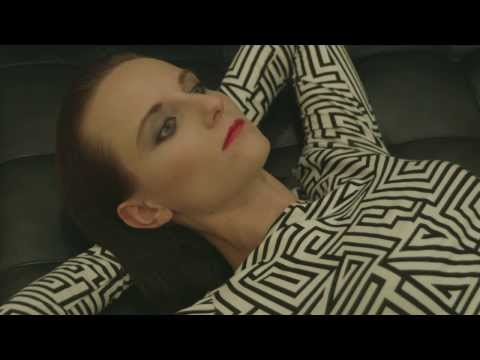 ELECTROSEXUAL – LAY MY EYE (Official Video) – YouTube