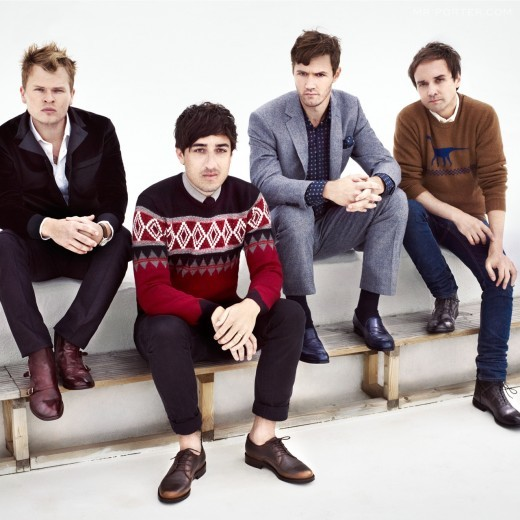 Grizzly Bear   Zoom 07-13