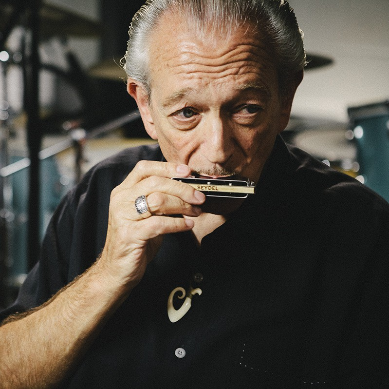 Charlie Musselwhite   Zoom 67-15